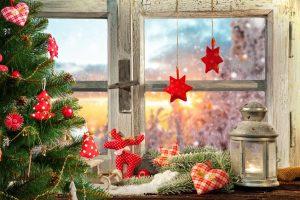 Dekoracje okienne na zimę