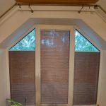 Plisy w oknie trapezowym