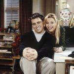 Joey i Phoebe - w tle żaluzje