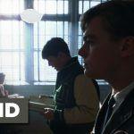 Frank w roli nauczyciela - w oknach żaluzje